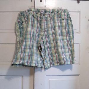 Cato's, Women's 24W Plaid comfy shorts